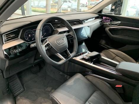 Audi e-tron Innenraum - Auto-Langzeitmiete
